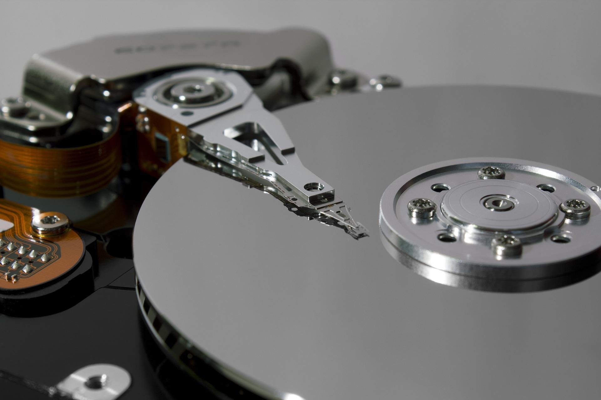 hard-disk-775847_1920